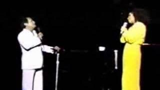 """Video Eugenia León y Armando Manzanero """"Ahora Resulta"""" download MP3, 3GP, MP4, WEBM, AVI, FLV Juni 2018"""