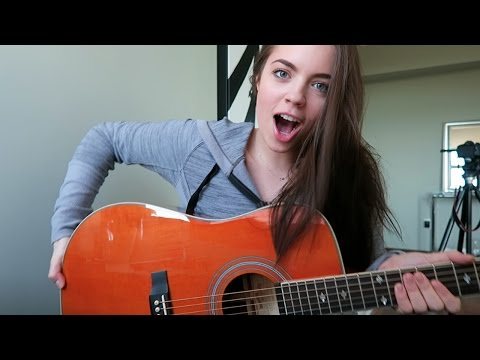 I BOUGHT A GUITAR! Vlogmas Day 1