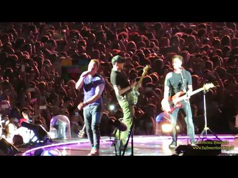 11/06/2017 Coldplay live @ Ernst Happel Stadium, Vienna - A Head Full Of Dreams World Tour