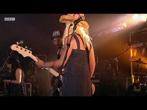 What Would Jesus Drive? - The Girls are in Charge (BBC Radio 1's Big Weekend 2010)