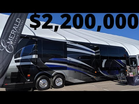 TOUR OF 2020 PREVOST EMERALD COACH WITH 4 SLIDES