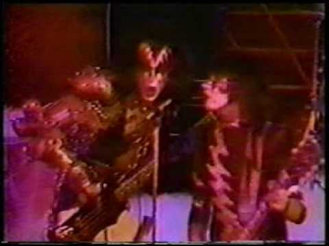 Michael Anthony Smith - Kiss - Creatures Of The Night - 1982 - #iHeart80's