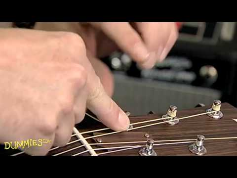 How to String a Steel-String Acoustic Guitar For Dummies