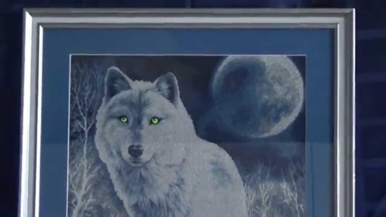 Белые волки вышивка крестом