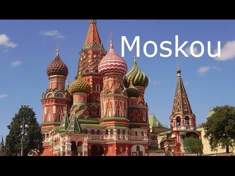 MOSKOU. Metro met ruim 520 km ondergronds spoor en 160 stations.