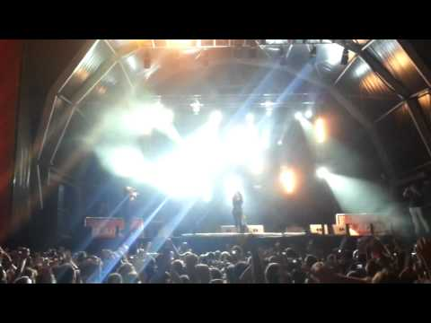 Ivi Adamou - La La Love & Madness (Live at La Merce Festival 2012 Barcelona)