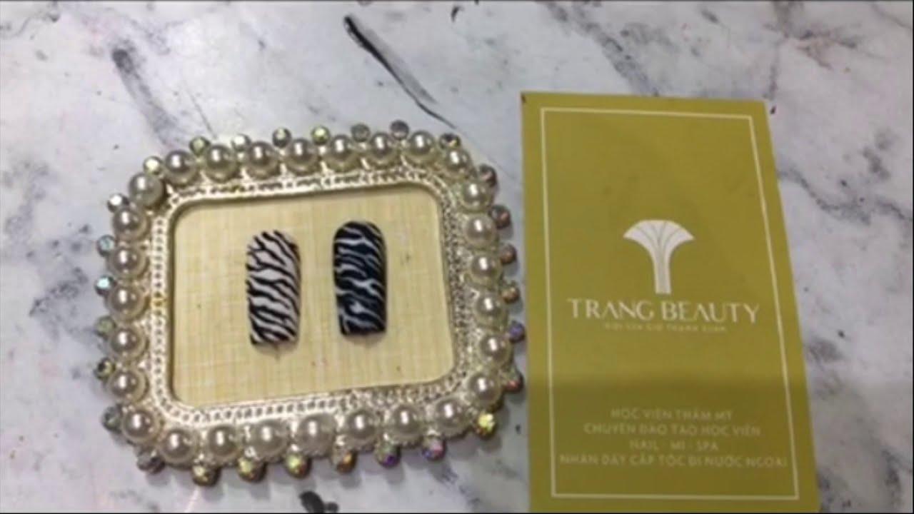 Cách vẽ hoạ tiết nail ngựa vằn đơn giản cùng Trang Beauty Salon