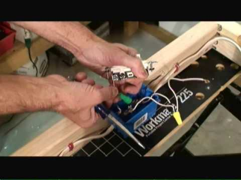 wiring switch outlet combo circuit video youtube rh youtube com how to wire a single pole light switch and receptacle how to wire a cooper single pole switch and grounding receptacle
