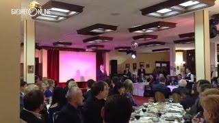 В Челнах предприниматели провожают старый год вместе с мэром(Около 200 предпринимателей откликнулись на приглашение ТПП и администрации Челнов и пришли накануне в ресто..., 2015-12-17T08:25:50.000Z)