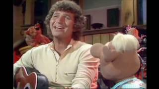 Muppet Songs: Mac Davis - It's Hard to Be Humble