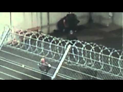 Répression Centre de Détention de Roanne 4juillet2012   YouTube