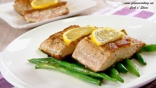 Seared Salmon With Sauteed Green Beans