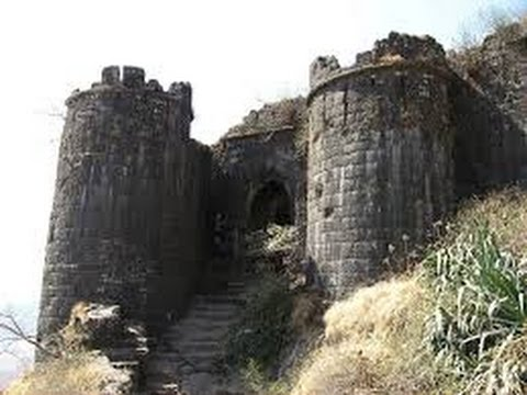 Sinhagad fort in Pune Travel treck complete information