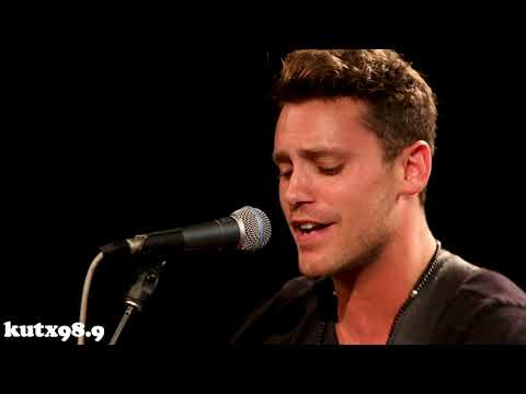 "Bastian Baker - ""All Around Us"""