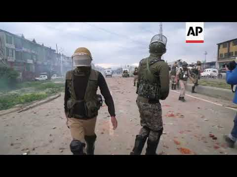 Deadly gunbattle sparks clashes in Kashmir