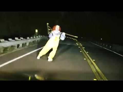 top-15-scariest-clown-sightings-videos