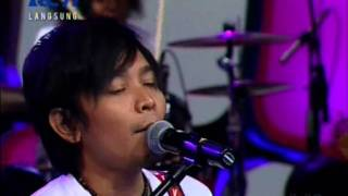 Video Zivilia - Aishiteru 2, Live Performed di Dahsyat (05/12) Courtesy RCTI download MP3, 3GP, MP4, WEBM, AVI, FLV Oktober 2017