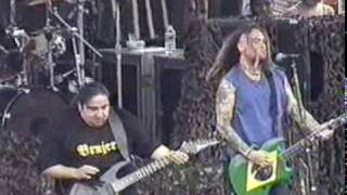 "Soulfly - ""Eye For An Eye"" (live featuring Dino Cazares at Ozzfest 2000 in Ohio)"