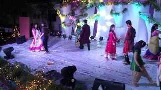 Balle Balle - Boys Vs Girls Group Dance