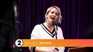 Claire Richards - End Before We Start (Radio 2 Piano Room)