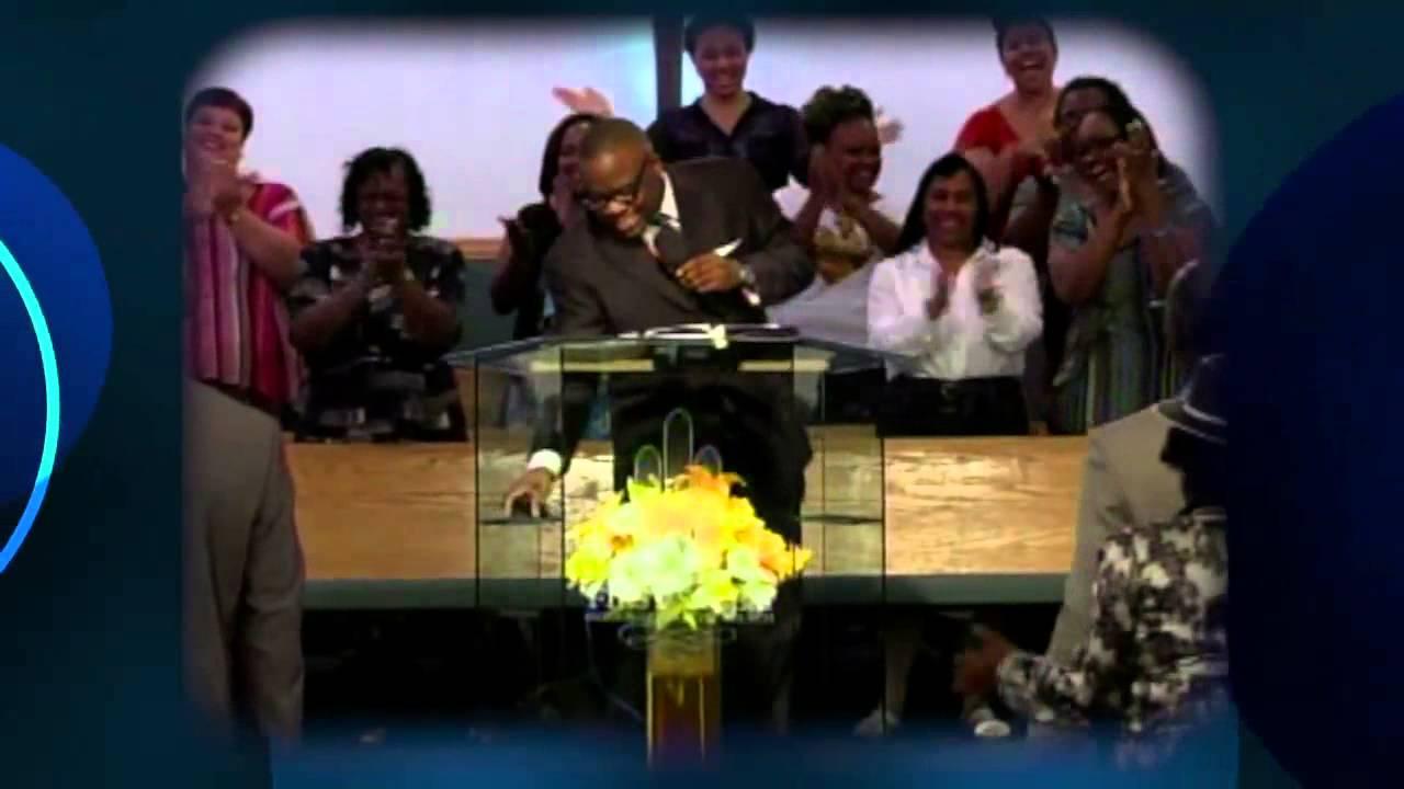 Rev  Bertrand Bailey Jr  Sings Sunday Morning at First Salem's Revival 2013