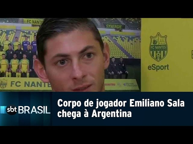 Corpo de jogador Emiliano Sala chega à Argentina | SBT Brasil (15/02/19)
