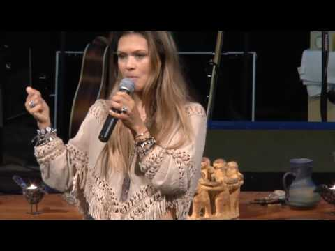 Nia Peeples Delivers Powerful Sermon on 11.13.16 at Missiongathering San Diego