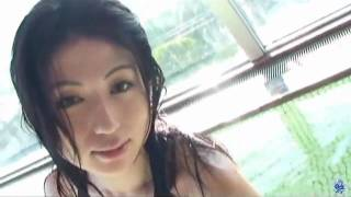 Japanese sexy gravure idol 南乃沢滝.