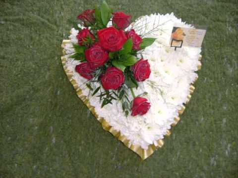 Funeral flowers heart designs flower hearts collection youtube solutioingenieria Image collections