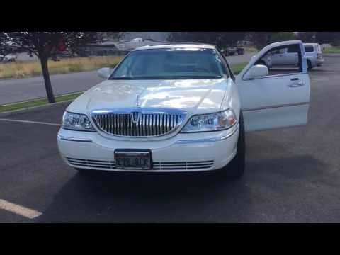 Lincoln town car on 24'