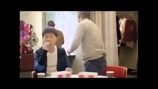【ハライチ】 澤部佑 岩井勇気 ケンタッキー CM  骨食べちゃった?! 30秒 岩井勇気 検索動画 22