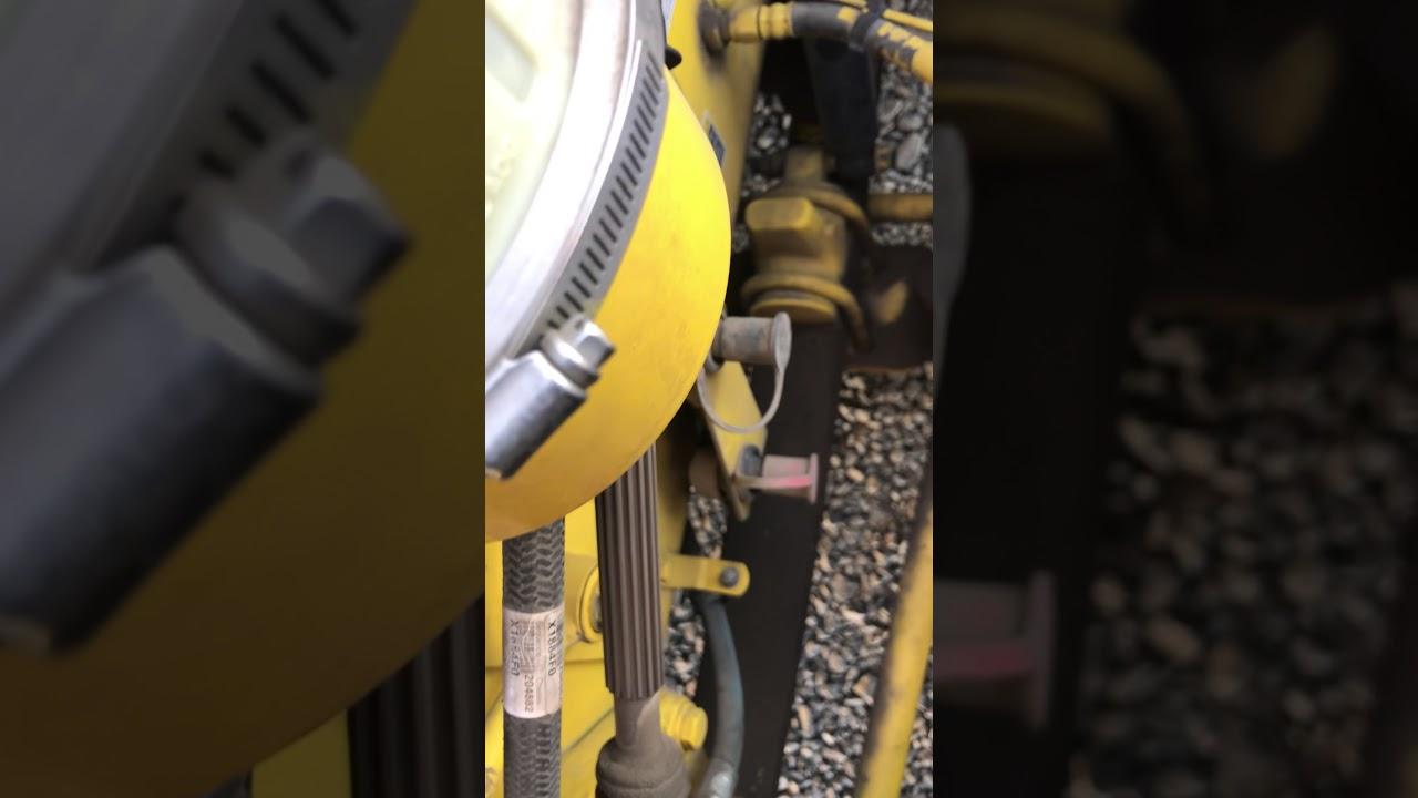 2016 paccar oil pressure sensor replacement
