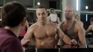 Gracjan Roztocki I Bruce Willis W Czeskiej Reklamie Xd