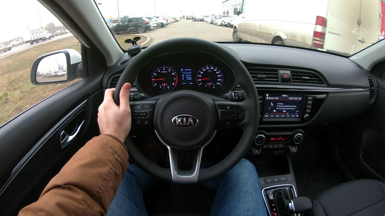 kia rio premium 10 things to love hate about the 2015 kia rio s premium video performancedrive. Black Bedroom Furniture Sets. Home Design Ideas