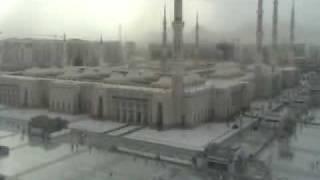 Asar Azan on a rainy day in Madinah Munawwarah.flv