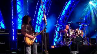 Starship Starring Mickey Thomas-Nothin's Gonna Stop Us Now 4-3-11 At Epcot.MP4