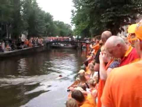 """Huldiging nederlands elftal """"de eerste grachten springer"""""""