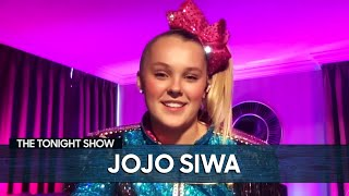 "JoJo Siwa's Girlfriend Encouraged Her to Post the ""Best Gay Cousin"" T-Shirt Photo"