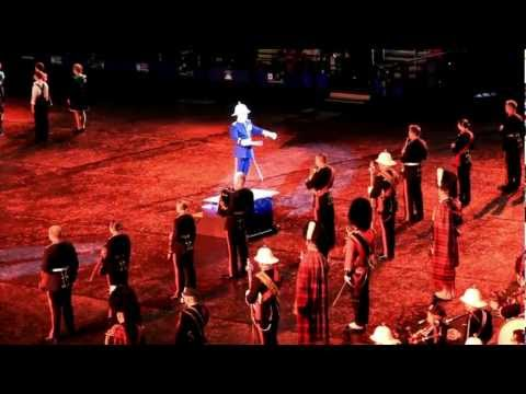 Tattoo Edinburgh 2011 40 min in HD -all my battery could film-