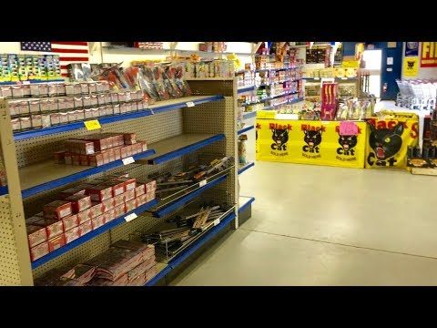 """Visiting the """"FIREWORK MALL"""" in Tea, SD!"""