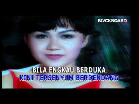 ANGGREK BULAN - Yuni Shara