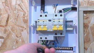 Подключение стабилизатора напряжения Rexant к распределительному щиту для защиты электрической сети