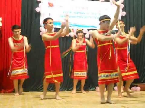 Múa Nam Chiều lên bản thượng - CLB Hòa Bình Xanh Thái Nguyên