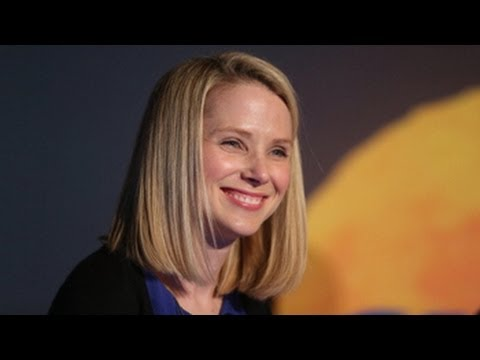 Marissa Mayer Faces Yahoo Shareholders for First Time