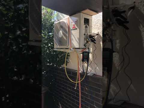 Video-Berufsalltag Druckprobe bei der Inbetriebnahme einer Klimaanlage
