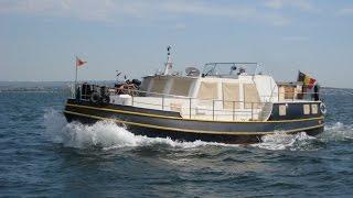 vrai bateau  d'HABITATION 15 m   40 tonnes de 2000