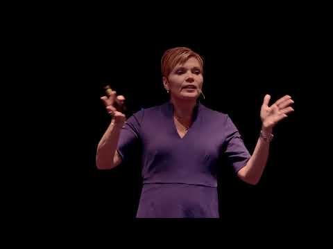 Fact Checking in a Fast-Paced Social Media Driven World | Linda Beck | TEDxHarrisburg
