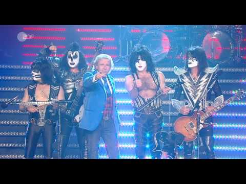 """KISS live at """"Wetten dass"""" on February 27th, 2010. """"I Was Made For Lovin' You"""" & """"Say Yeah"""" [HQ]"""