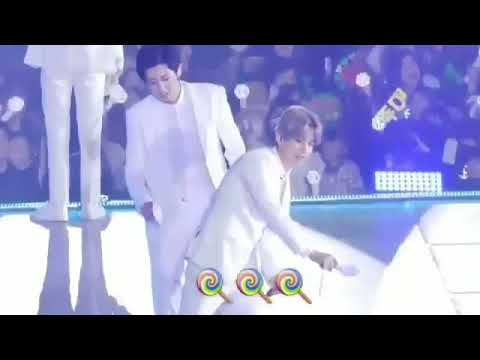 [172212][CHANBAEK] Chanyeol and Baekhyun in The Elyxion concert in Fukuoka