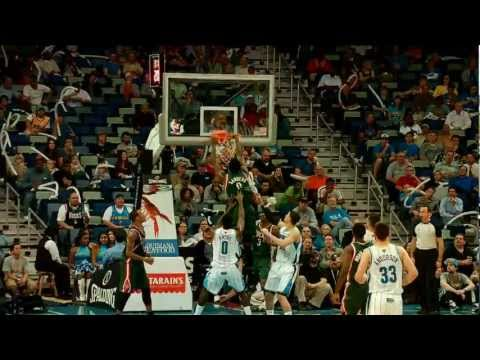 Larry Sanders BIG alley-oop from Jennings!